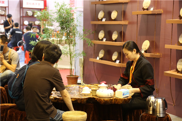 故事?不必!异度陈香闪耀广州茶博会,靠品质就行!