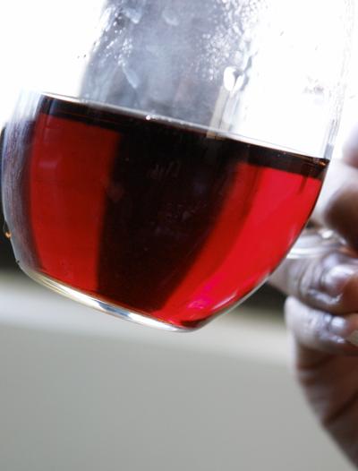 喝茶喝茶,别管葡萄