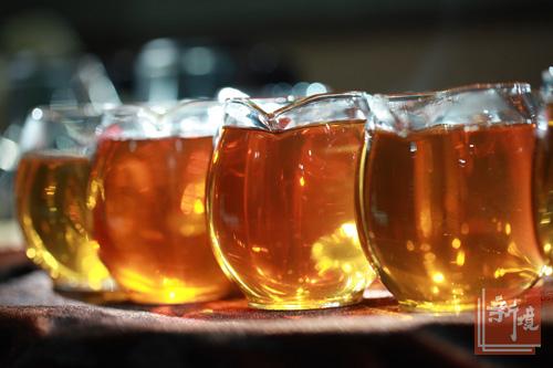一盏茶里的色香诱惑