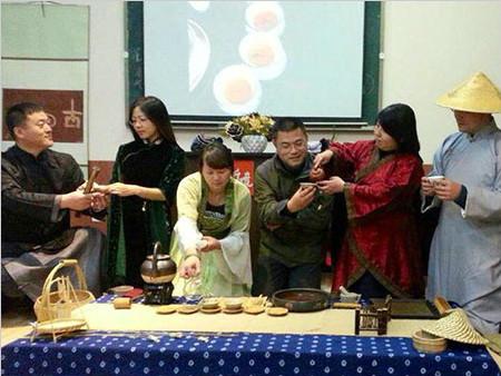蓬莱处处生清风——第三期茶道·商道研修班茶艺表演